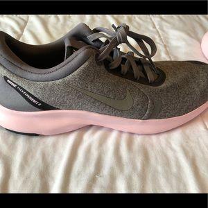 Nike flex size 9